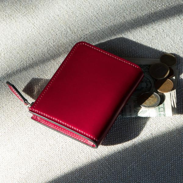 「多機能&コンパクト型」財布